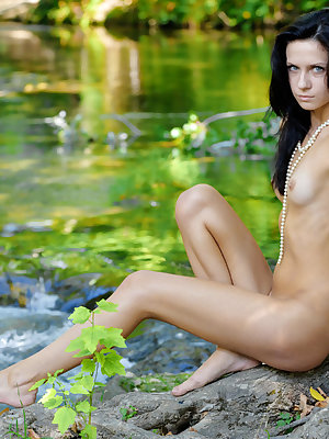 New model Ksyo flaunts her slim body smooth pussy by the river.