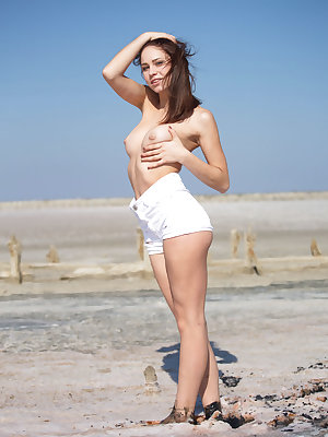 Barbara Vie flaunts her sexy body as she poses outdoors.