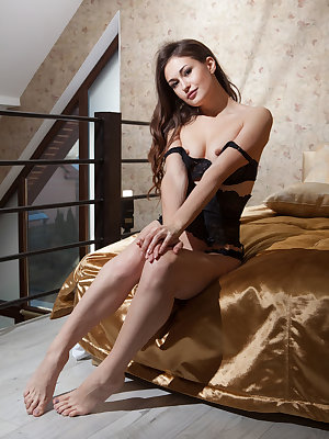 Lilian A teasing and seducing on top of the silky bed
