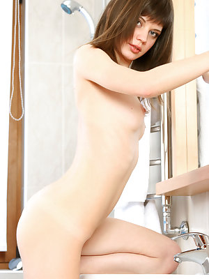 Lusi diplasy her yummy body with creamy white skin and pink nipples.