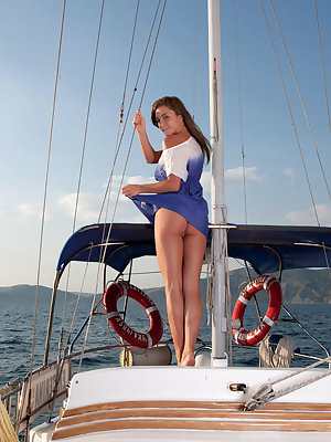 Raisa perfoms an exciting striptease aboard a yacht