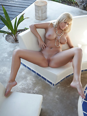 Keira loves lounging by the poolside to get a tan or giving her voluptuous body a refreshing dip at the cool water. She's the perfect summer babe with her vivacious and playful personality and voluptuous body that looks great in swimsuit.