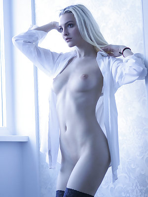 Top model Kira W shows off her gorgeous creamy body with beautiful breasts and tight ass as she sensually poses in front of the camera.