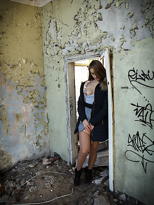 In a intense and erotic settings, Izabella K masturbates her yummy pussy in an old abandon building.