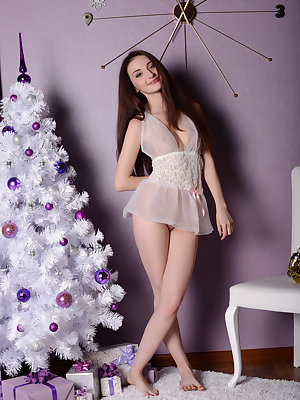 Hopefully the presents will be extraordinary to shade the beauty of this fantastic true brunette girl. Adorable cuteness with natural shape.