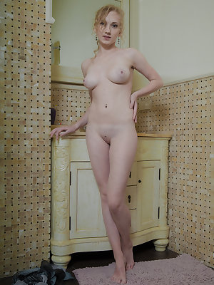 The shower is the best friend of horny girls. Only hot water can wipe the stress accumulated deep inside their sexy body.