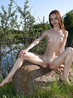 This incredible nude babe has a passion for showing that amazing pink pussy off and today she goes wild with it.