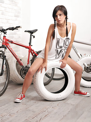 Pleasant as well enjoyable bike ride always make this sweet angel horny. The first step is to drop off clothes, imagine the rest.