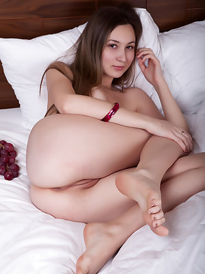 Gorgeous beauty presents you her amazing naked body with perky tits and neat shaven pussy.