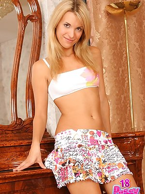 Beautiful blonde Silvia is a perfect example of attractive body that make men go crazy.