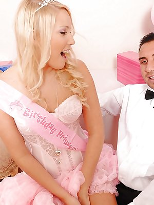 Lovely teen Vanessa Cage get a huge for her 18 birthday party