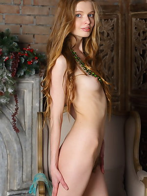 Skinny young girl Mary Lane shows her hairy bush in the nude
