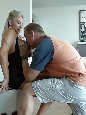 Blonde MILF Sandra Otterson getting her juicy booty banged hard