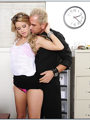 Office girl Jessa Rhodes gets her shaved pussy slammed by her boss