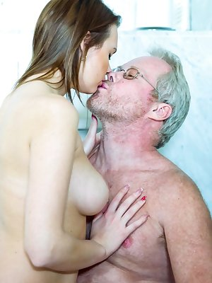Sweet Emily Thorne having wild oral sex in the bathroom with a horny old man