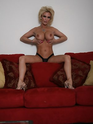 Wonderful MILF Diamond Foxxx getting naked and dirty on the sofa