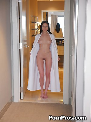 Babe with excellent body Ariana Marie enjoys massage that ends with facial