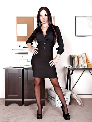 Office babe Brandy Aniston takes break to rub her panties under skirt