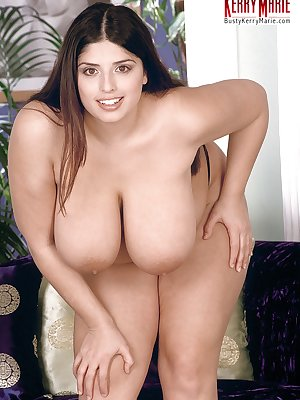 Fat girl with a pretty face and huge boobs proceeds to toy her horny pussy