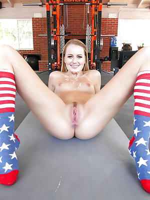 Fit girl Scarlett Sage spread naked in socks to take big cock & cum in mouth